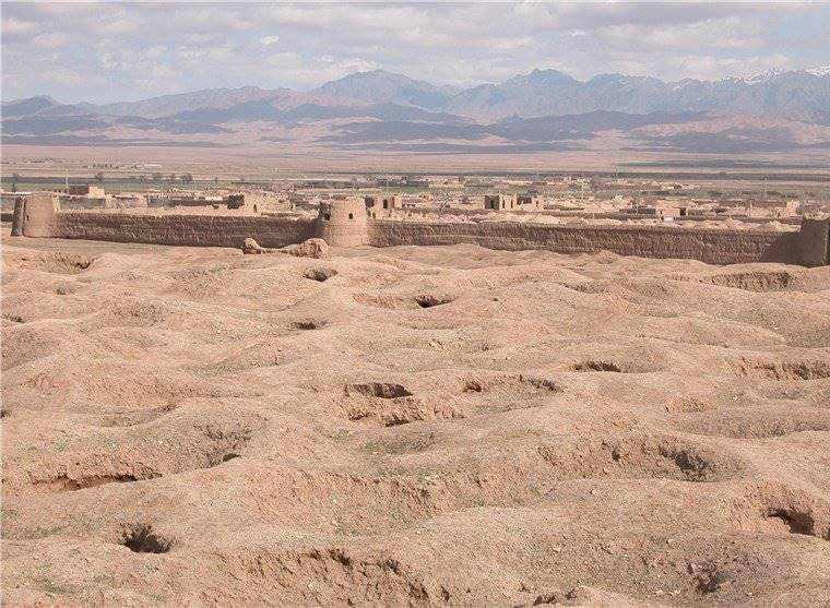 قلعه تاریخی جیزد