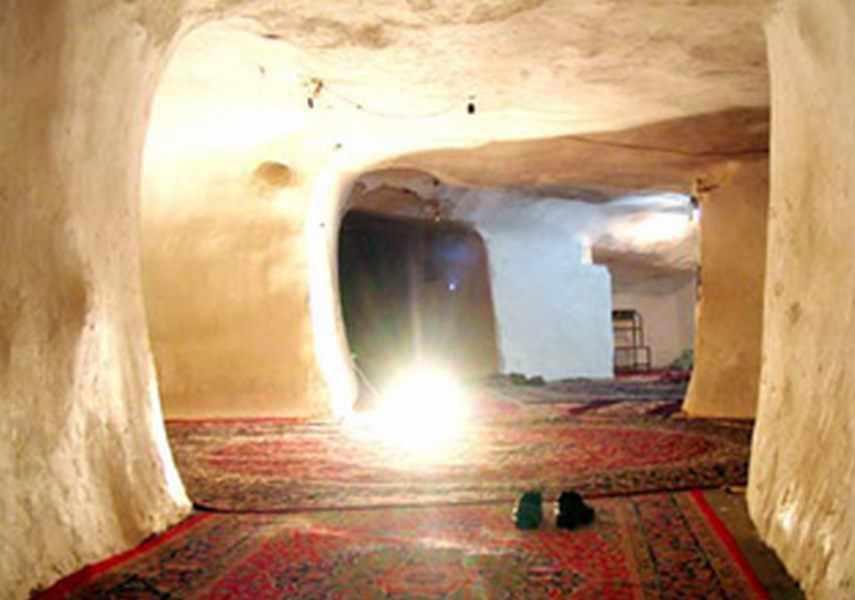 مسجد مزار