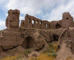 قلعه لک لک آشیان نیشابور
