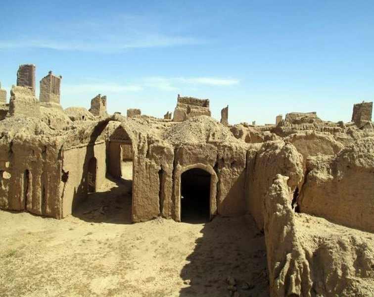 مجموعه معماري روستاي عمراني گناباد