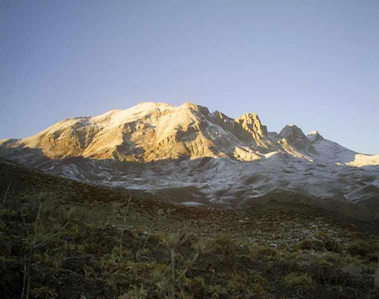 رشته کوه بینالود