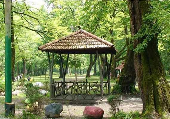 پارک میرزا کوچک خان