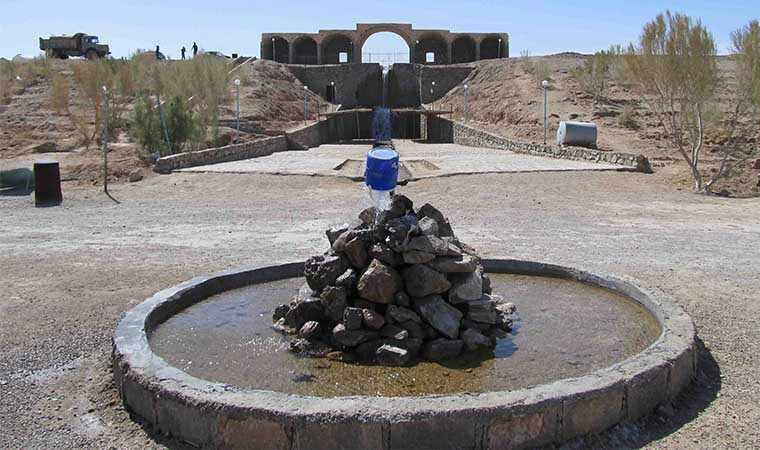 آبشار و مجموعه گردشگری جندق
