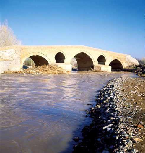 پل حاج سید محمد زنجان، یادگاری از دوران قاجار