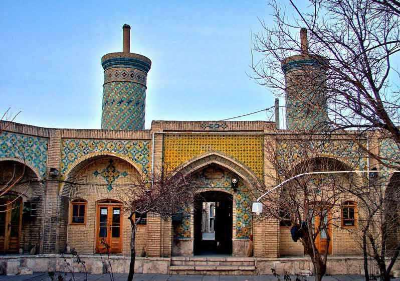 مسجد خانم زنجان، ترکیبی از عشق و اصالت هنر ایرانی