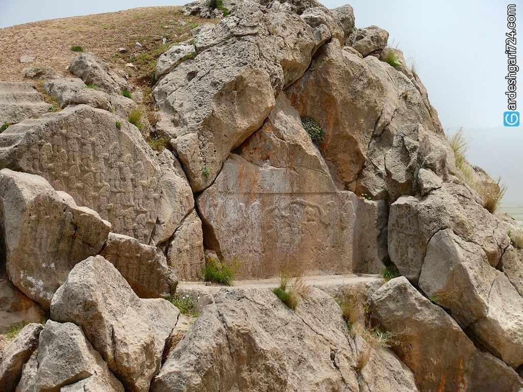 سنگ نگاره کورانگون، از قدیمی ترین سنگ نگاره های تاریخ