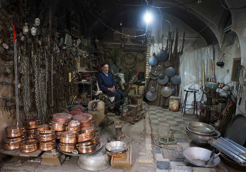 بازار خان در یزد، پویا و فعال